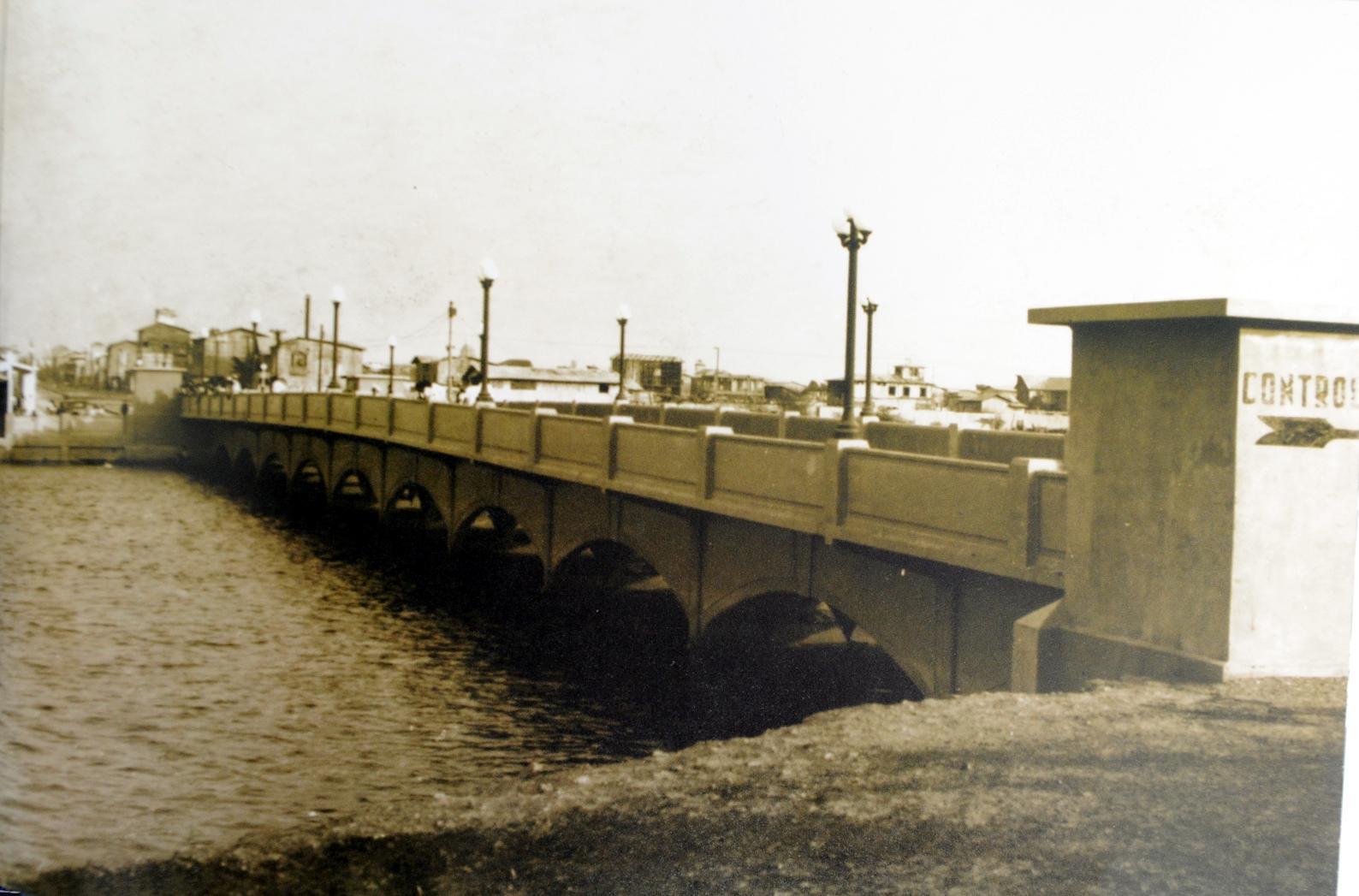 Puente Cinco de Junio (mediados del siglo XX)