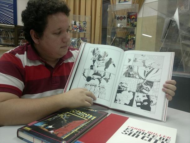 Ricardo Moreira es fanático de las historias de ciencia ficción; se identifica con los dibujos de Frank Miller.