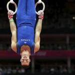 LONDRES. El gimnasta estadounidense Danell Leyva compite en la prueba de anillas durante la competición de gimnasia masculina de los Juegos Olímpicos Londres 2012. Foto: EFE