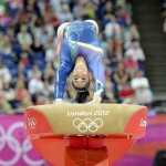 LONDRES. La gimnasta brasileña Daniele Matias Hypolito durante su ejercicio de salto de potro femenino en la competición de gimnasia artística de los Juegos Olímpicos en Londres 2012. Foto: EFE