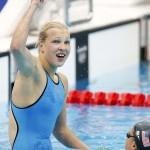 LONDRES. La nadadora lituana Ruta Meilutyte celebra su victoria en la final de los 100 metros braza en natación en los Juegos Olímpicos de Londres 2012. Foto: EFE