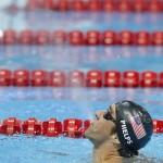 LONDRES. Michael Phelps de EE.UU. celebra al ganar la final masculina de natación de los 4X 200 metros estilo libre por relevos durante los Juegos Olímpicos Londres 2012. Foto: EFE
