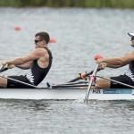 DORNEY. Las palistas neozelandeses Nathan Cohen (izq) y Joseph Sullivan cruzan primeros la línea de meta en la final A de doble Scull masculino de la competición de remo de los Juegos Olímpicos de Londres 2012. Foto: EFE