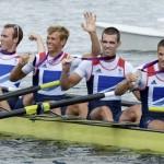 DORNEY. El equipo británico celebran la plata conseguida en la final de cuatro peso ligero de remo de los Juegos Olímpicos de Londres 2012. Foto: EFE