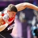 LONDRES. El alemán David Storl compite en la prueba de clasificación masculina de lanzamiento de peso en los Juegos Olímpicos de Londres 2012. Foto: EFE