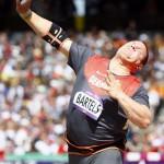 LONDRES. El alemán Rolf Bartels compite en la prueba de clasificación masculina de lanzamiento de peso de los Juegos Olímpicos de Londres 2012. Foto: EFE