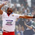 LONDRES. El cubano Roberto Janet compite en la prueba de lanzamiento de martillo en la competición de Atletismo en los Juegos Olímpicos de Londres 2012. Foto: EFE