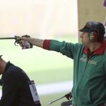 LONDRES. El portugués Joao Costa compite en la prueba de los 50m pistola masculino de la competición de tiro olímpico en los Juegos Olímpicos de Londres 2012. Foto: EFE