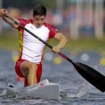 DORNEY. El español David Cal Figueroa compite durante la primera ronda clasificatoria de 1.000 metros de Canoa individual (C1) masculina en la competición de canoa de los Juegos Olímpicos de Londres 2012 en el centro de remo Eton Dorney. Foto: EFE