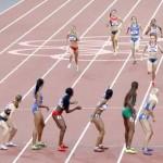 LONDRES. Atletas participantes en la serie de los 4x400 femenino en el estadio Olímpico de Londres 2012. Foto: EFE