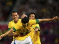 Leandro Damiao (c), Romulo (i) y Marcelo 7 ago 12 Reuters