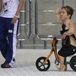 LONDRES.- El australiano Grant Patterson se moviliza en las instalaciones donde compitió por los 50 metros estilo libre (Reuters)