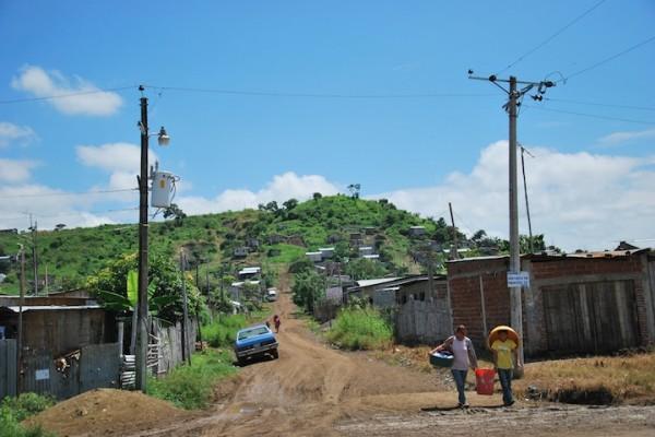 Uno de ls transformadores instalados en Ciudad de Dios, donde los habitantes lamentan que el servicio eléctrico no siempre funciona.