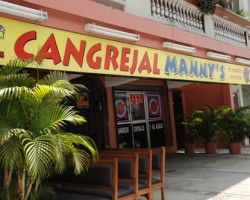 "GUAYAQUIL 05-10-2012 FOTO PARA INTERNET. TEMA:CANGREJAL MANNY""S. AV PLAZA DAÑIN.....FD JOSE ALVARADO"
