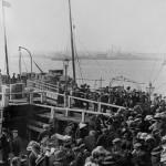 Migrantes listos para abordar el Titanic. Foto: © National Maritime Museum
