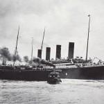 Imagen del Titanic al salir del puerto de Southampton, apunto de chocar contra el buque New York. Foto: EFE