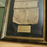 Un chaleco salvavidas del Titanic, en la oficina de subastas Guernsey. Foto: AP
