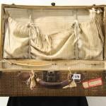 Objetos del RMS Titanic en una subasta en Nueva York.