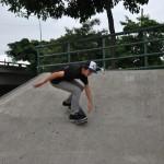 Allan García en una de las rampas del conjunto recreacional Deportes Extremos Skateboarding y Bicicross (Juan Tanca Marengo frente al Mall del Sol).
