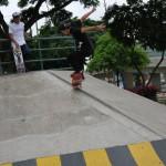 José Barragán, 'Buffy' en otro de sus trucos de skateboarding.