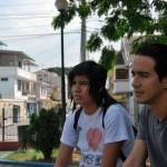 Juan Mendoza (i) y Michael Arévalo son dos integrantes de la comunidad emo.