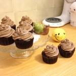 Los cupcakes de chocolate de Sarah Vélez se venden en una conocida panaderia del Mall del Sol.