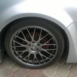 Aros de 18 pulgadas y que pesan menos de 20 libras son parte de las modificaciones realizadas al Volkswagen Jetta.