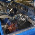 Una Datsum 1200 que Daniel Scarpa está modificando en su taller.