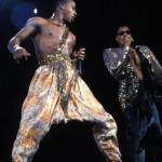 MC Hammer inspiró a muchos artistas en la década de los 80. Aunque su tendencia era más comercial.